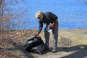 Tomhannock Reservoir Shoreline Clean up @ Tomhannock Reservoir